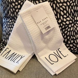 Rae Dunn Love/Family Kitchen Towels